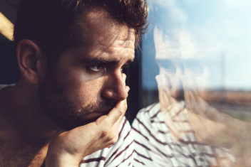 By becoming aware of what happens when they start to ruminate, patients learn to take control of their own thoughts. Photo: Thinkstock