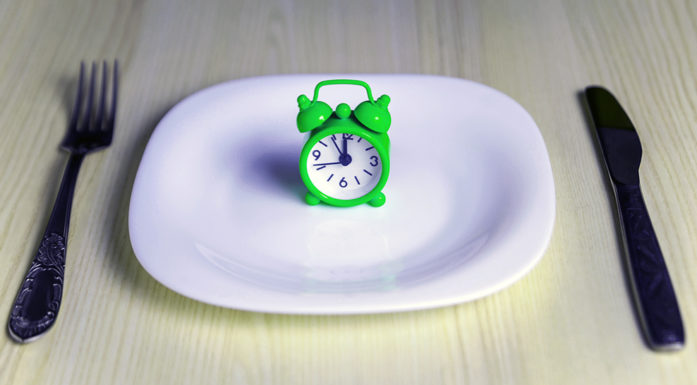 Fasting 15 hours a day has a major impact on preventing obesity, according to a study done on rats. Clinical studies on adolescents who struggle with obesity are needed to see whether this finding also applies to human beings. Illustration photo: Thinkstock