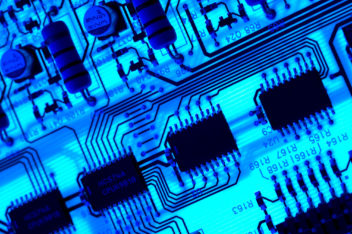 Using a glass fibre with a siicon-germanium core that has been treated could led to faster silicon-based transistors. Photo: Thinkstock